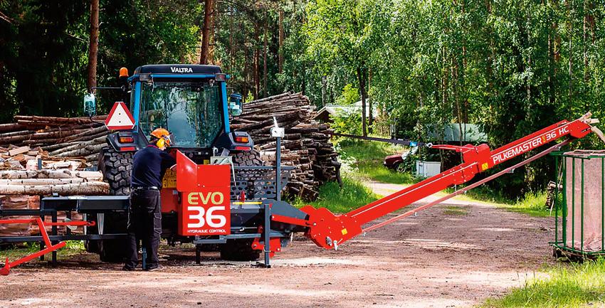 Ved är det vanligaste biobränslet i svenska villor. Den årliga användningen av ved i småhus uppgår till ungefär 7 miljoner kubikmeter travat mått. Rapporter visar att det behövs fler vedproducenter för att tillgodose marknadens behov.