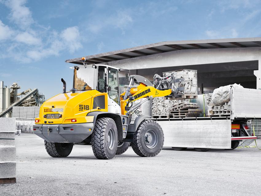 Tyska Liebherr har världspremiär för sin nya hjullastare på Elmia Woods nya område Load and Transport. Load and Transport har fokus på logistik av råmaterial från skogen till industrin. Liebherrs nya maskin heter 518 och är den största hittills med styrning i stereo.
