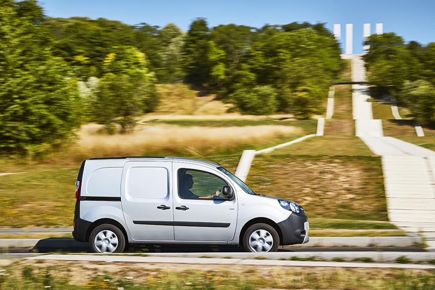 92959_2017_Drive_tests_New_Renault_KANGOO_Z_E