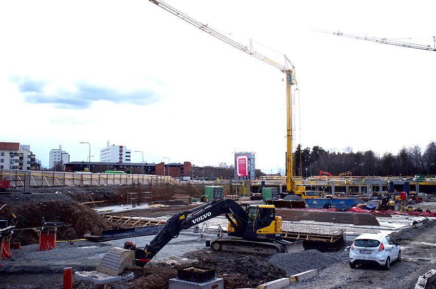 Industrifaktas regionala konjunkturrapport, som redogör för bygg- och underhållsvolymernas utveckling i landets regioner, visar att tillväxten för Stockholms läns husbyggnadsinvesteringar nu bromsar in kraftigt. Foto: Per Eriksson