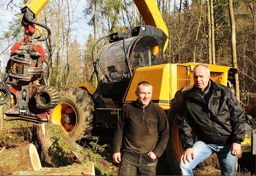 Gunnar Moe arbetar med att röja upp det igenväxta kulturlandskapet i Norge, som liksom i Sverige håller på att växa igen. Företaget använder en Highlander Wood H61 som levererats av Skogservice AS.