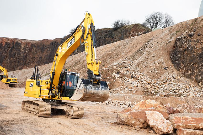 Sundahls Maskinaffär ingår återförsäljaravtal med J.C Bamford Excavators Ltd (JCB) på den svenska marknaden. Sundahls kommer marknadsföra hela JCB:s sortiment, men huvudfokus kommer vara på anläggningsmaskiner. Bland annat den helt nya 22-tons bandgrävaren, JCB 220X som nu lanseras i hela världen. Foto: Per Eriksson