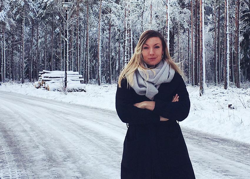 Skogsbolag som idag verkar som mellanhänder för skogsråvara behöver vidga blicken för vilka tjänster man kan erbjuda med den digitala tekniken, säger Frida Ivarsson, doktorand på institutionen för tillämpad informationsteknologi vid Göteborgs universitet.