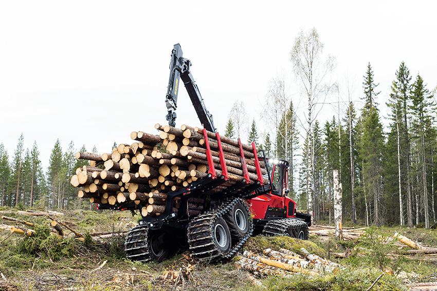 Nu kraftsamlar den svenska skogsbranschen i ett unikt projekt för att kunna bedriva ett skonsammare skogsbruk.  Samarbetet är unikt i sitt slag då alla de stora skogsföretagen i Sverige står bakom projektet och på så sätt bidrar i teknikutvecklingen för ett hållbart skogsbruk.  Foto: Komatsu.