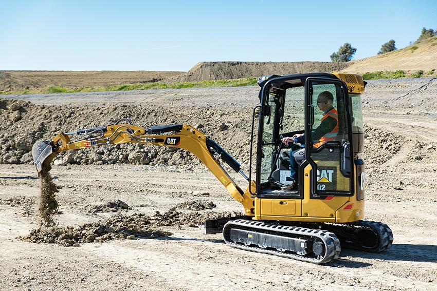 Nu släpps Caterpillars nya generation minigrävare i klassen 1-2 ton. De minigrävare som inledningsvis är aktuella för den svenska marknaden i storleksklassen 1-2 ton är 301.8 och 302 CR. Grävmaskinerna är utrustade med en Cat 1.1 trecylindrig steg V-motor på 19,2 hästkrafter.
