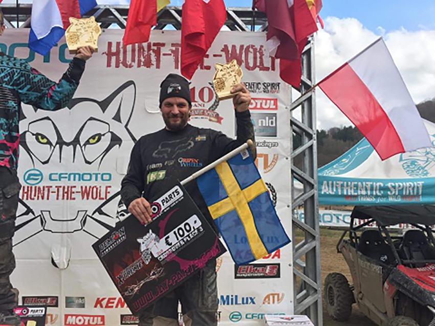 Calle Elfver presterade på topp även han och placerade sig som trea i klassen Crossover, åtta sekunder efter ettan Reto Pircher från Schweiz och fyra sekunder efter tvåan Adomas Gancierius från Litauen.