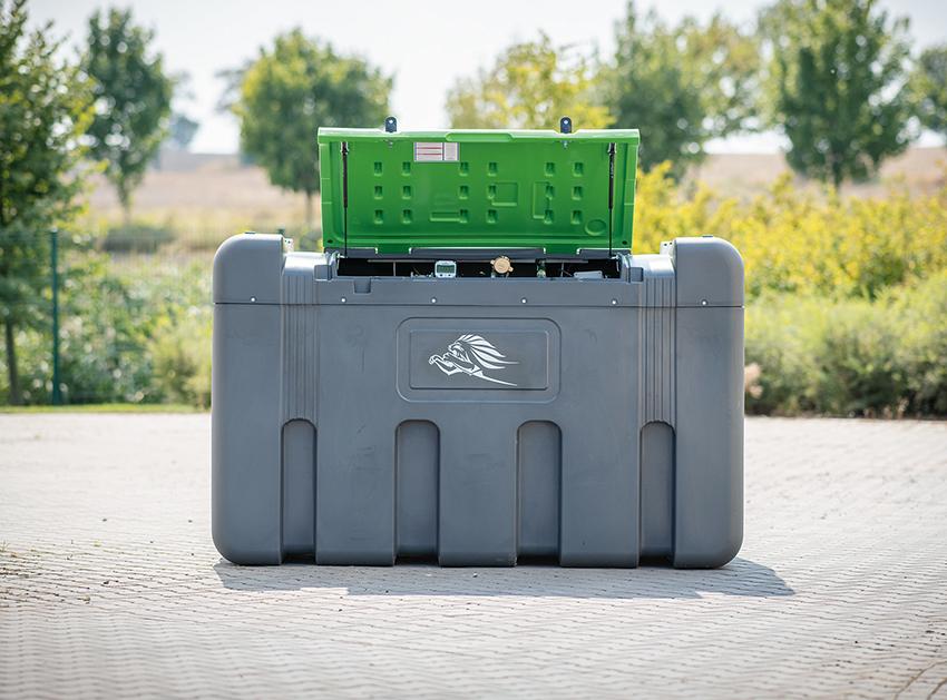 Älvestad-Tankenlanserar en ny medlem i FuelMaster-familjen av dieseltankar. Den nya modellen rymmer 2 300 liter och är lämplig för stationärt bruk. Den kommer visas i Älvestad-Tankens monter på Maskinexpo den 23-25 maj.
