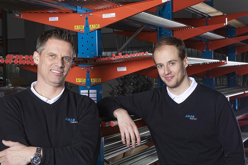 Jonas och Anton Davidsson är etableringsansvarig respektive butiksansvarig för Amab Hydrauls nya slangbutik i Stockholm.