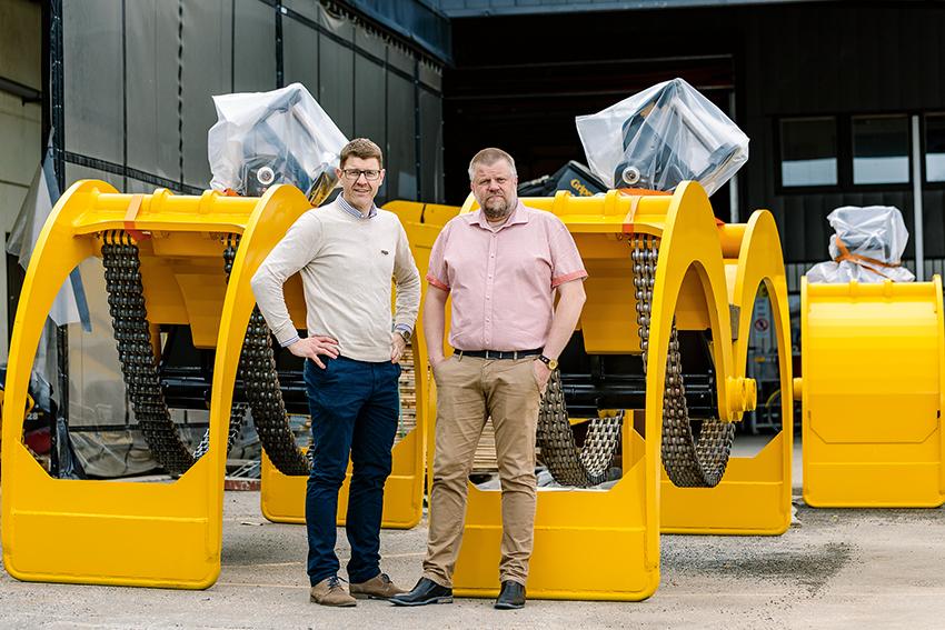 Tomas Jonsson, vd och nyutnämnda marknadschefen Janolof Joelsson på HSP Gripen ser en ljus framtid. Orderläget är bra och man investerar nu för en ökad produktionskapacitet. Dessutom rekryterar man personal.