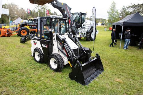 Abandon som representerar turkiska Hidromek i Sverige visade bland annat den kompakta traktorgrävaren Hidromek 62SS på MaskinExpo. Foto: Per Eriksson