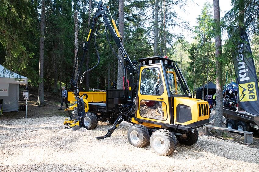 Heaab i Bodafors visade företagets miniskotare och combimaskiner på SkogsElmia.