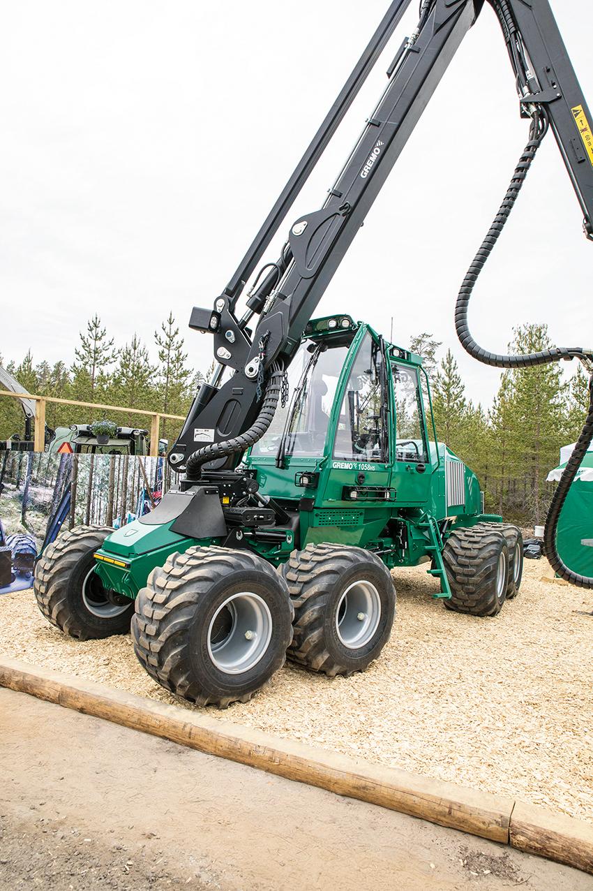 På SkogsNolia var det premiär för Gremos nya gallringssködare 1058H5 som kommer med en 215 hästkrafters steg V-Cumminsmotor och ny starkare kran från Mesera. Foto: Per Eriksson
