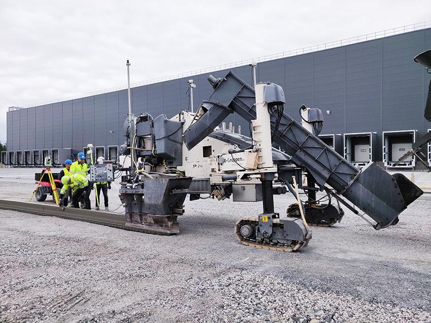 Med en teknik som inte använts i Sverige tidigare kan man lägga betongkonstruktioner med glidformsteknik. Tekniken är vanlig i många andra länder och nu har metoden testats i Sverige av Kanonaden Entreprenad.