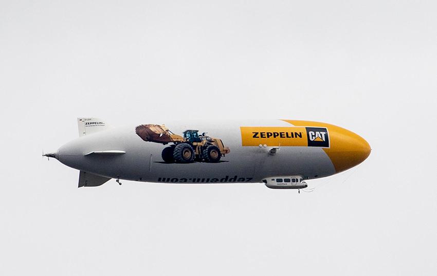 Tyska Cat-återförsäljaren Zeppelin tar över distribution och service av Cat-produkter från Pon Equipment i Sverige och Danmark. Luftskeppet på bilden är från Bauma i München tidigare i april. Foto: Per Eriksson