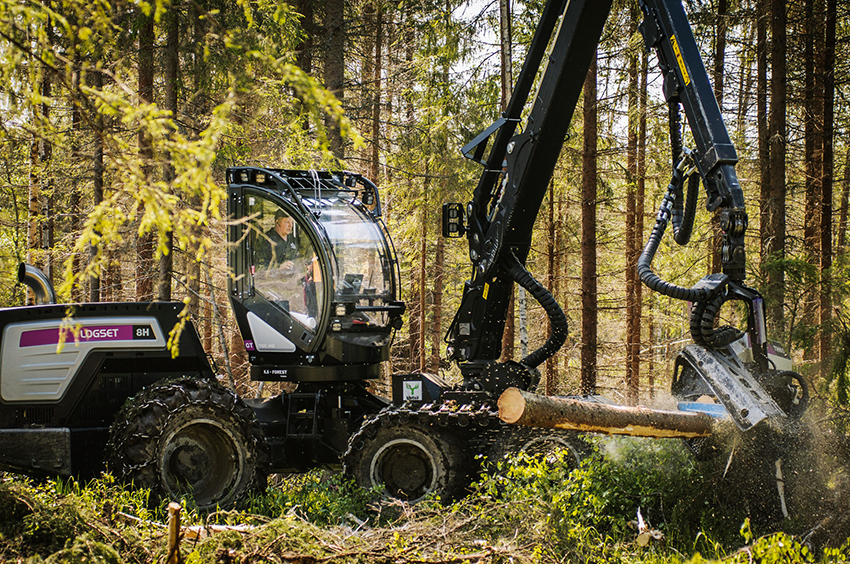 Logset öppnar ett försäljningsbolag med namnet Logset AB Sverige Filial i Södra Sverige, nära Halmstad i december 2019. I fortsättningen kommer maskinförsäljningen till Södra Sverige och Danmark att skötas via det nya försäljningsbolaget
