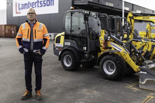 Hyrföretaget Lambersson har sedan 40 år hyrt maskiner från Wacker Neuson. – Nu kan vi även erbjuda företagets batteridrivna grävmaskiner, hjullastare och dumprar, säger Lars-Göran Olsson, produktchef för Rental, Lambertsson Sverige.