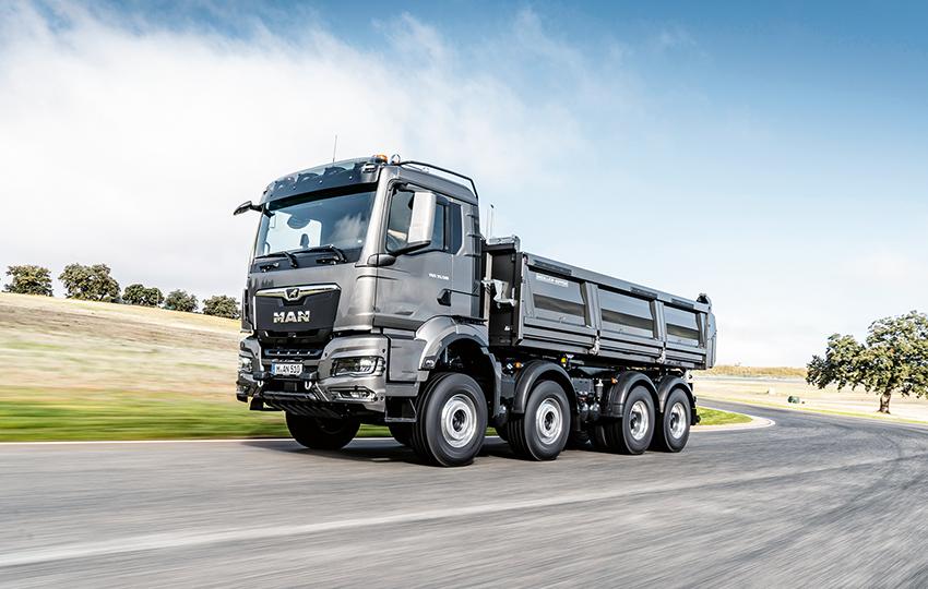 Den nya MAN TGS-serien börjar på 18 ton bruttovikt och finns som två-, tre- och fyraxlade modeller.