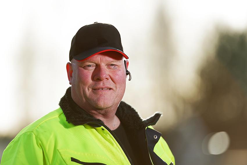 Per Jägrell på Hagströmska gymnasiet.  Foto: Peter Holgersson.